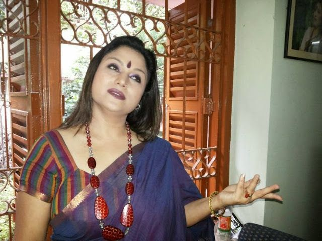 22 punjabi bhabhi in pink salwar suit selfie wid moans - 5 9
