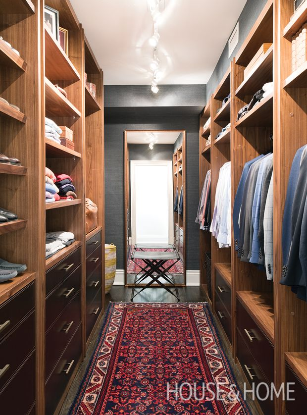 20 Dreamy Walk In Closets To Covet