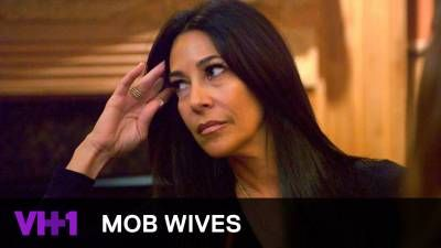 Mob Wives | Brittany Fogarty Goes Off On Carla Facciolo | VH1 -  Click link to view & comment:  http://www.afrotainmenttv.com/video/mob-wives-brittany-fogarty-goes-off-on-carla-facciolo-vh1/
