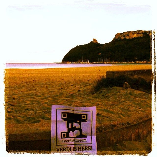 @firmato M.: #foundVerdi. #Cagliari, #Sardinia. #Verdi meets #Poetto beach, #Verdi meets the legend of #SelladelDiavolo