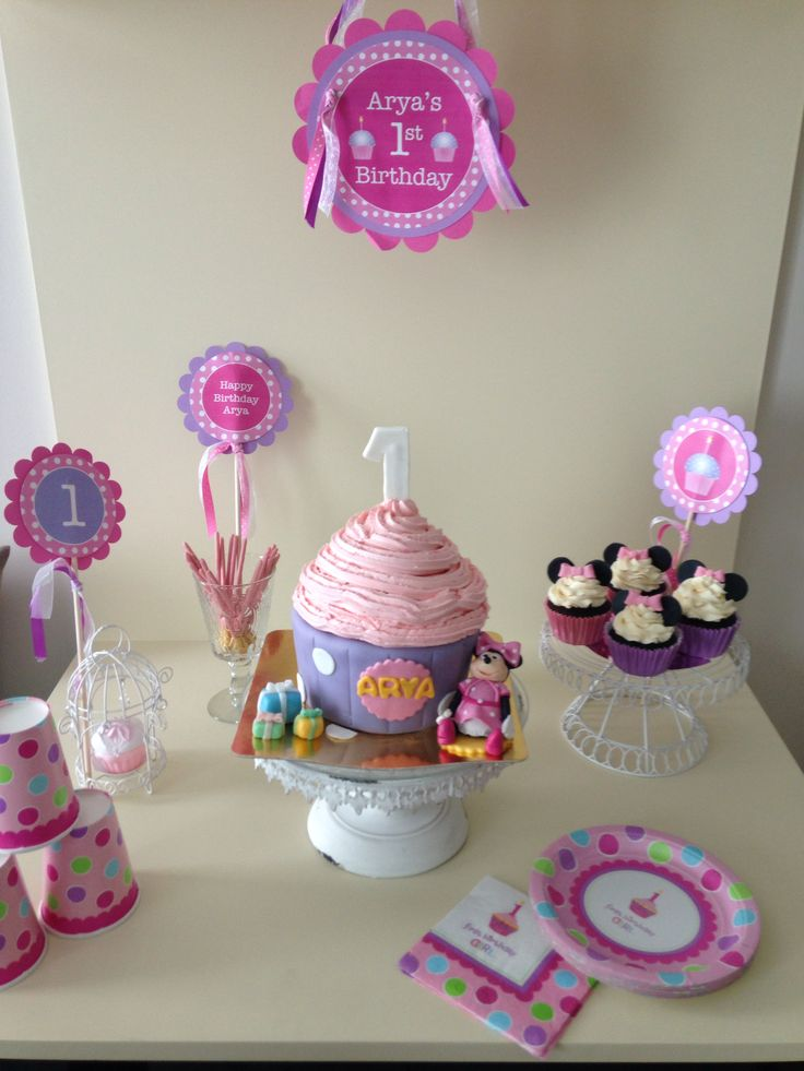 First birthday party decoration