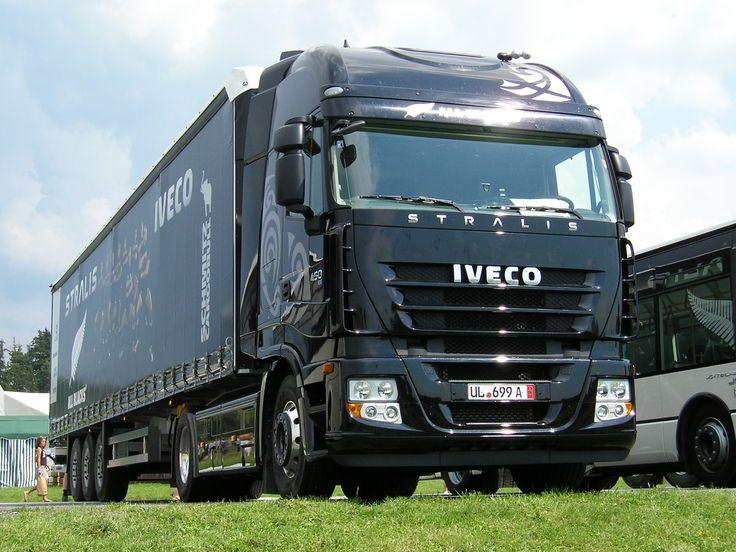 Auguri #Iveco! Festeggiate con l'azienda partecipando al concorso fotografico #IVECO40: condividete la vostra storia con Iveco!