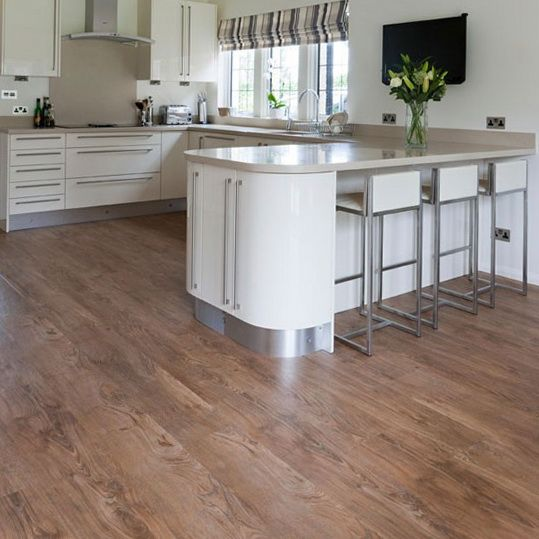 9 ideas wooden kitchen flooring harvey maria natural oak for Natural wood kitchen designs