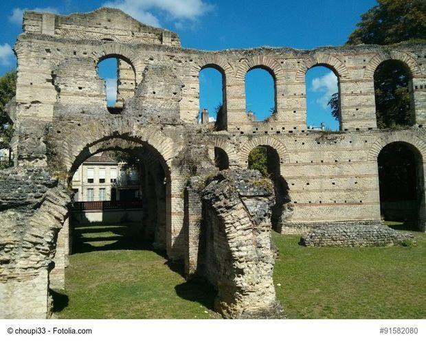 Les ruines du palais Gallien Classé monument historique, cet amphithéâtre du IIIe siècle est le plus ancien vestige de Bordeaux. Il se visite tout l'été.