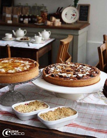 «Mamie Gâteaux», Salon de thé-brocante 66 rue du Cherche-Midi, 75006 PARIS Mariko et Hervé Duplessis Site : http://mamie-gateaux.com/index.htm
