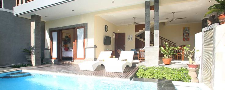 A beautiful villa surrounded by rice fields... Check on this one guys..! Have a look at our website and dont' forget to follow our Twitter @AvailableCheap or our Facebook Page https://www.facebook.com/pages/Available-Cheap-Rooms/1504066346545729?ref=tn_tnmn #kuta #bali #accommodation #availablecheaprooms
