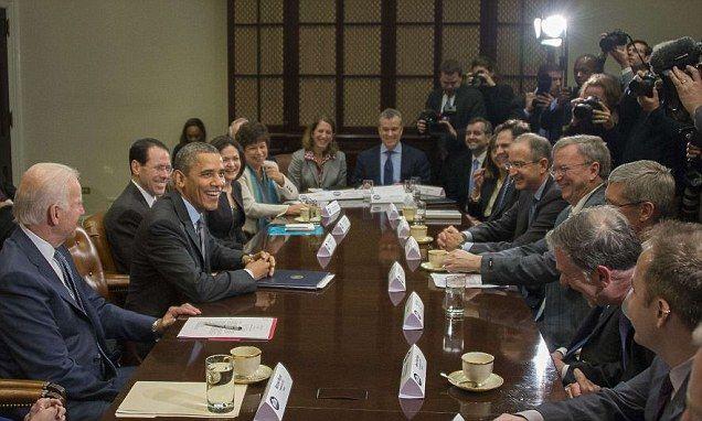 Obama hijacks NSA meeting w/ tech giants to smooth healthcare.gov woes