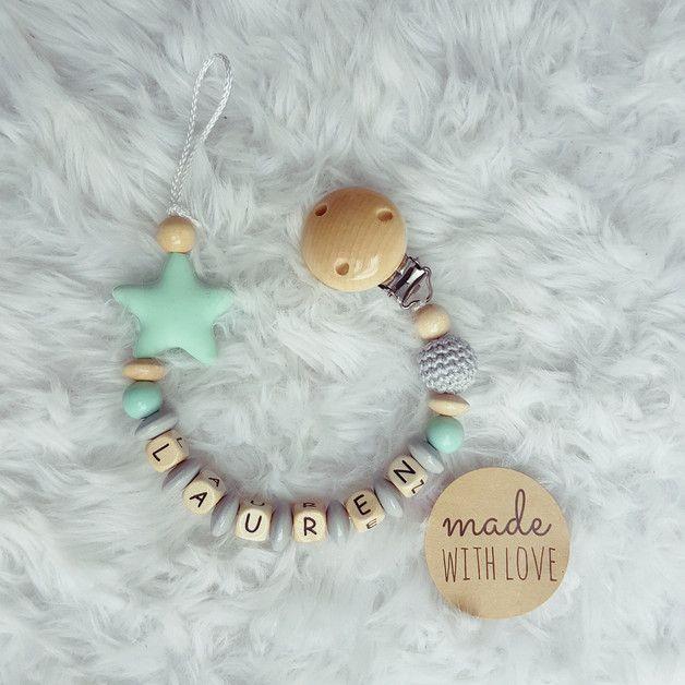 Babykrimskrams Schnullerkette mit Namen oder ohne Namen STATT MASSE VERPACKUNG IM ORGANZASÄCKCHEN INKLUSIVE SILIKONRING 1,70€ (wird für Schnuller ohne Ring z.B. MAM benötigt, bitte beim Kauf...