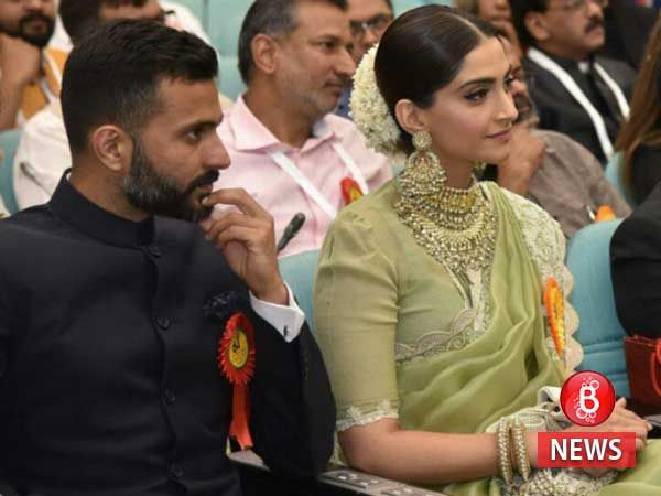 Boyfriend Anand Ahuja calls Sonam Kapoor his favourite and posts an adorable picture