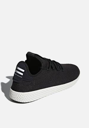 san francisco f1aa7 b4379 Pharrell Williams Tennis Hu - core blackcore blackchalk white adidas  Originals Sneakers