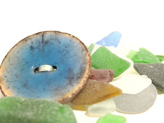 Light blue wood button brooch