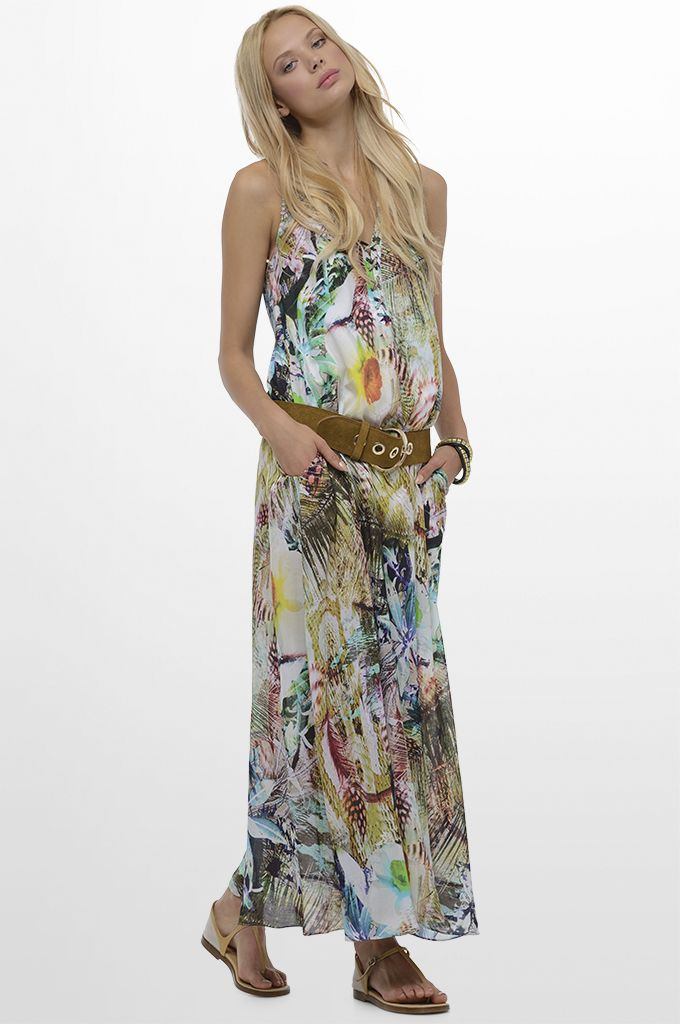 Sarah Lawrence - maxi printed dress, leather belt.