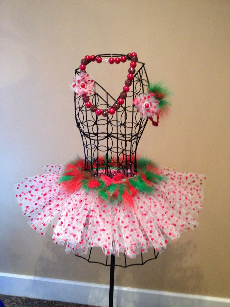 Christmas feather tutu skirt with matching headband and necklace. i really love how everything came together :) i had so much fun doing this set :)