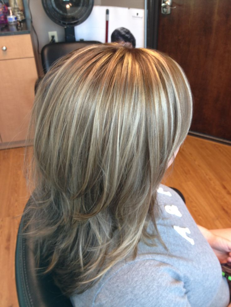 Platinum Hair Black Roots Blonde Highlights Lowlights Long Layered Hair Blonde