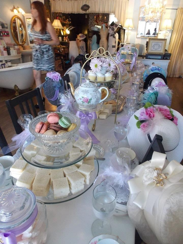 bridal shower teparty decorations%0A tea party table