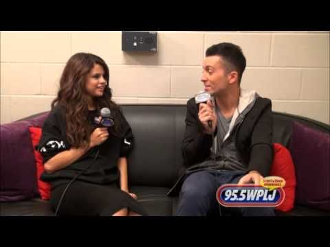 INTERVIEW: Selena Gomez Shops At Normal Stores; Gives Update On 'Thirtee...