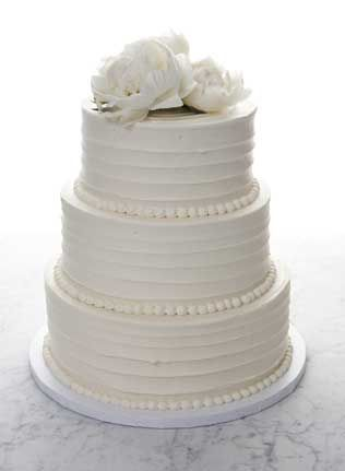 traditional white wedding cake frosting wedding cakes nyc and fondant on 21217