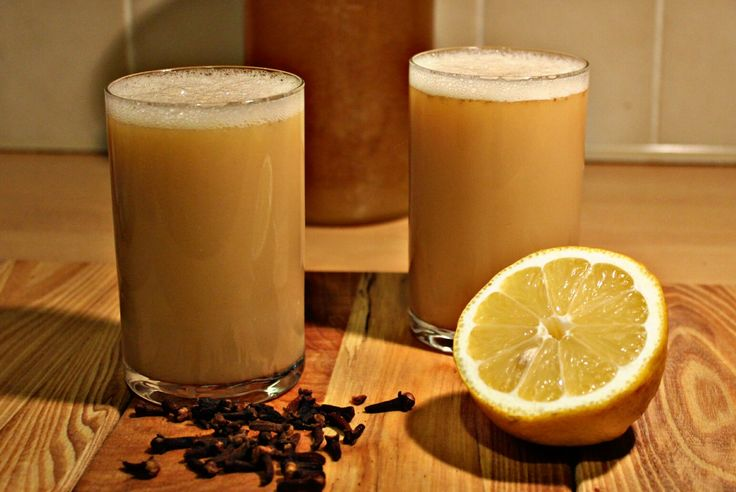 Grzane piwo o mocnym korzennym zapachu z dodatkiem żółtka, miodu, cytryny i aromatycznych przypraw silnie rozgrzewa organi...