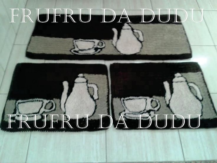 Tapete Frufru para Cozinha com Bule e Xicara - comprar online