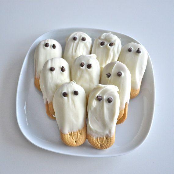 Halloween White Chocolate Ghost Cookies von NicolesTreats auf Etsy