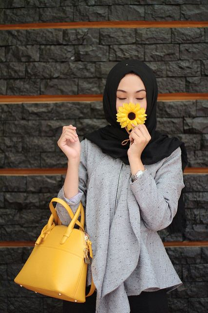 INP ♥ Muslimah fashion & hijab style. Sunflower. Grey. Fresh. Hijabi fashion