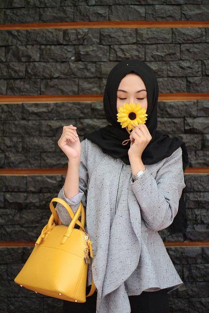 INP ♥ Muslimah fashion & hijab style. Sunflower. Grey. Fresh. Hijabi fashion