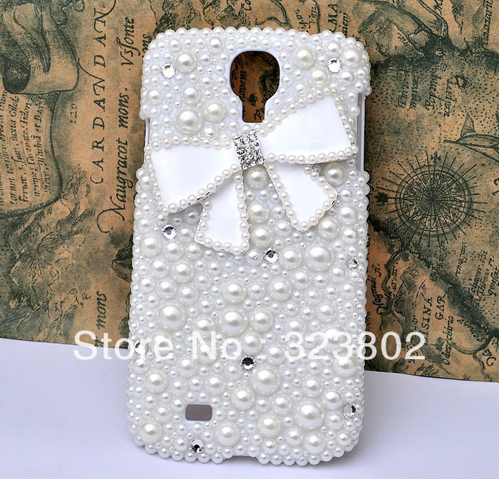 Aliexpress.com : Buy Handmade White Pearl Hard  Case Cover For Samsung GALAXY S4 or IV i9500 with Alloy Bow from Reliable case for GALAXY s 4 suppliers on Cell Phone Case Rhinestone Button Bead Resin Craft Alloy Jewelry $19.90