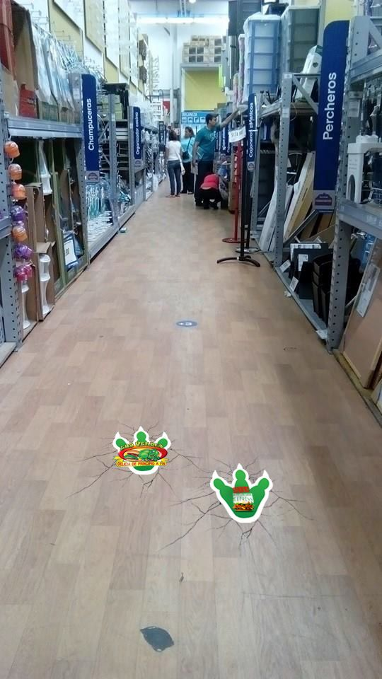Floor graphic Los Verdes