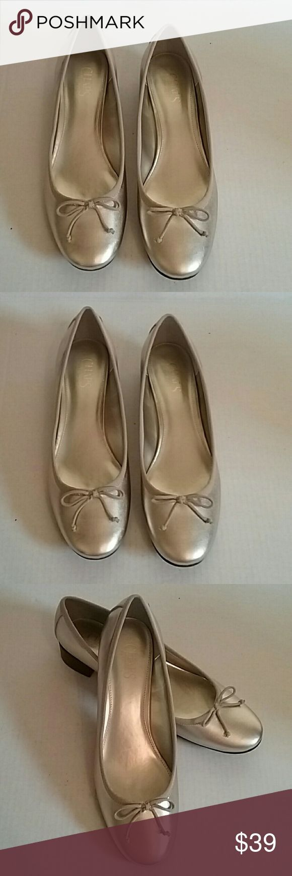 New Gold Chaps Ralph Lauren Sz 11B Ballet Flats Is a pair of new gold ballet flats.  They are size 11B. Chaps Shoes Flats & Loafers