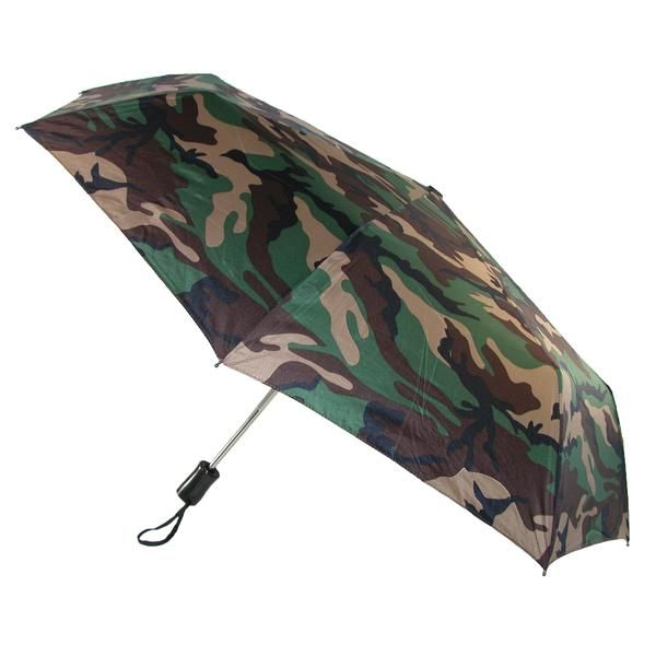 This camo print umbrella is a great way to keep yourself out of the rain. It has a really cool look and the auto open and close function makes it easier to use when on the go.