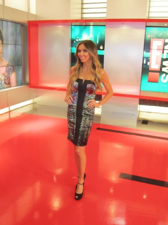 Giuliana Rancic - E! News - Nicole Miller Dress