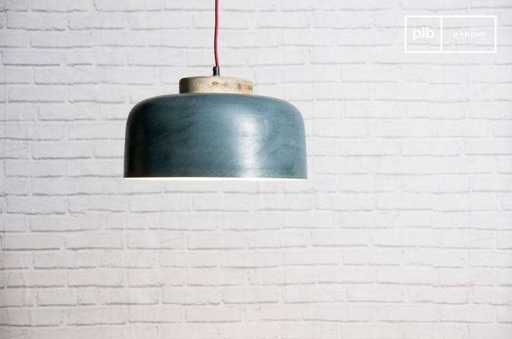 Lampada a sospensione Blue Mary e molti altri lampade da soffitto da scoprire su PIB, lo specialista in arredamenti, illuminazioni e decorazioni vintage.