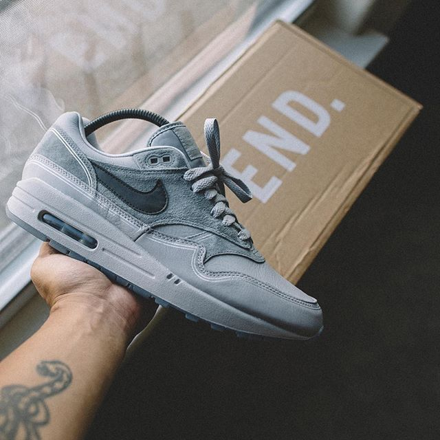 3284b2c7572ba4 Air Max 1 Pompidou Center Night 🌑 📸   darren.raw  Regram via  soletrees