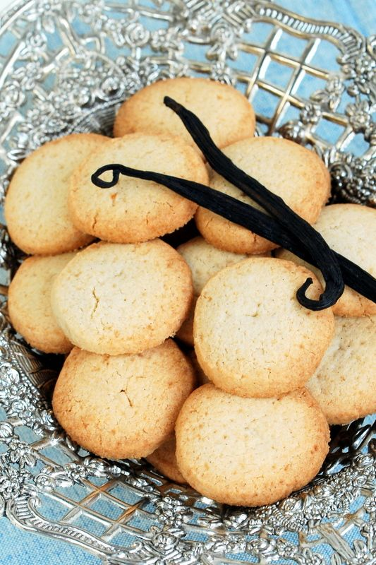 Bezglutenowe ciastka z wanilią i solonym kozim masłem / Gluten free and sugar free cookies with vanilla and salted goat butter