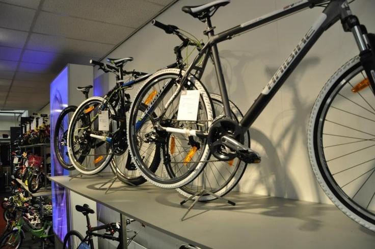 #Van Vliet Tweewielers #hoorn #racefiets #racefietsen #afdeling #Haibike #raleigh #van vliet #fiets