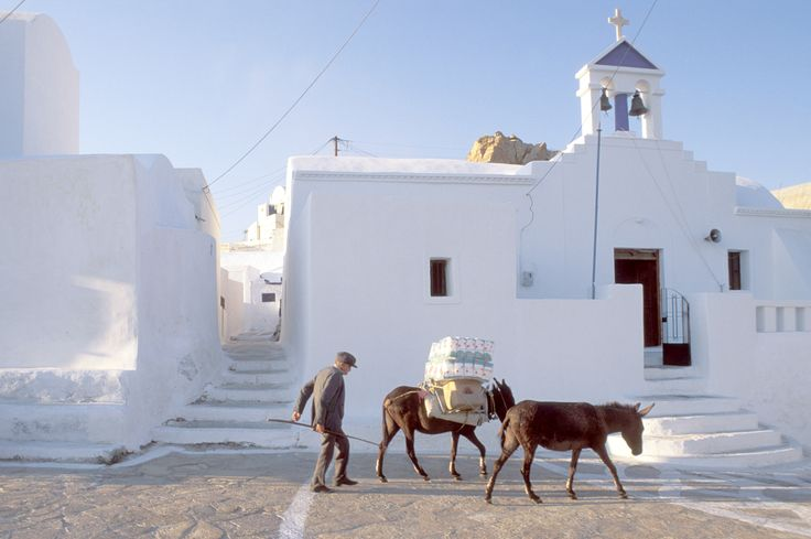 The sun-worshippers read French philosophers and bus-drivers rock out to the Velvet Underground — is Anafi too cool for school, or the thinking person's Greek paradise? Feargus O'Sullivan explores the Cyclades' little-known 'hipster island'