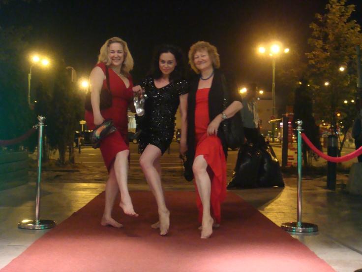 Susan Johnston, Alexandra from Romania and Elizabeth from Italy