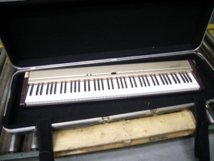 Roland Corporation, Mdl FP-3, Electrical piano with case, Could not test due to power requirements, Cord not included Item Location: Oklahoma City, OK