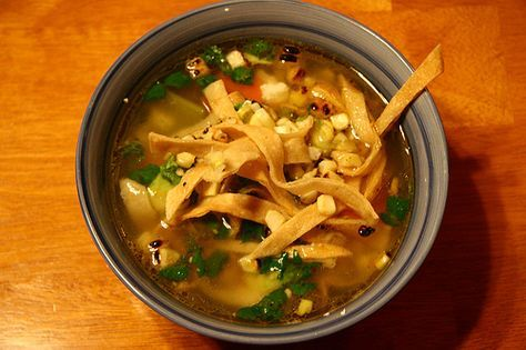 Alkaline Recipe #147: Mexican Tortilla Soup - This is a fantastic alkaline diet recipe that takes no time at all to prepare and is great as a warmer in winter or in summer as a refresher.