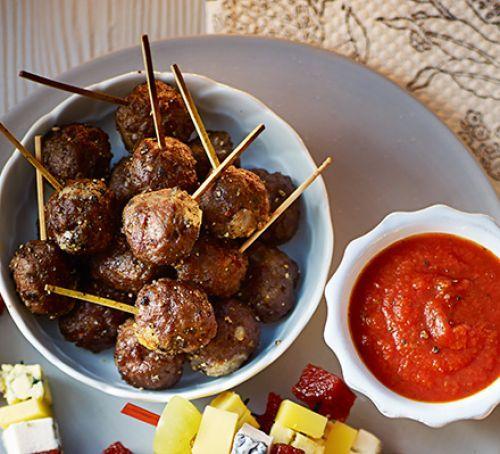 Beef & mozzarella meatballs
