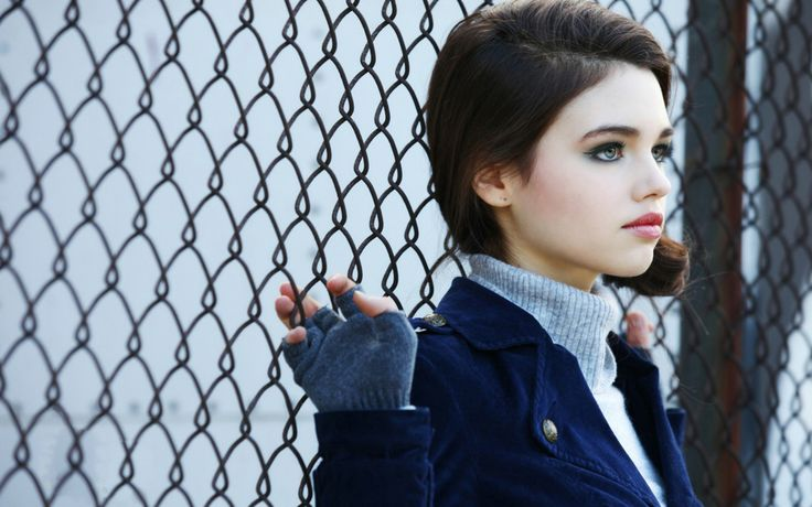 Beautiful India Eisley 31789