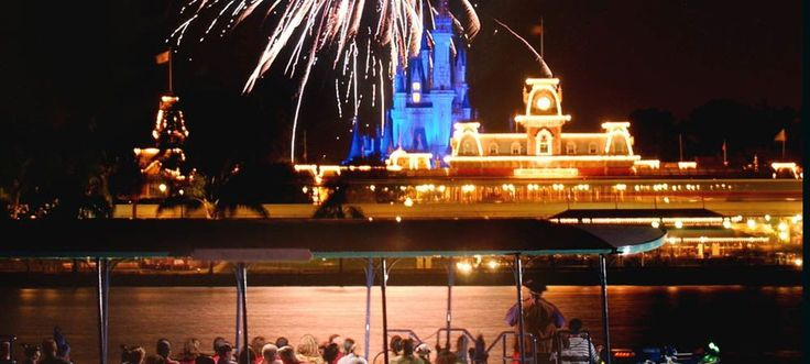 Did you know that you can book a private yacht to watch the magic of the fireworks at Disney World? How to book your own Disney World Fireworks Cruise.