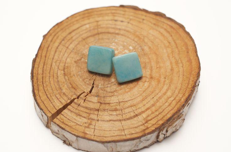 Tagua square earrings https://maite.stores.jp/#!/items/533bf8c383f153c5e4000038