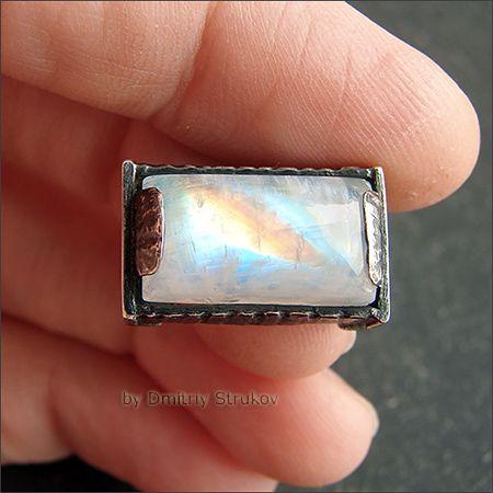 Strukova Elena - авторские украшения - Перстень с лунным камнем
