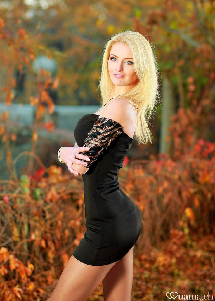 Hot blonde women