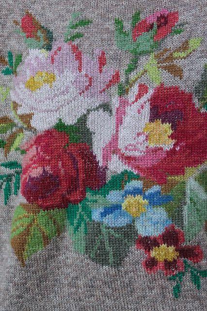 virginute's R O Ž Ė S / R O S E S sweater, via ravelry.
