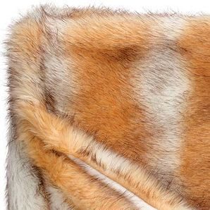 Red Fox blanket Winter home  This beautiful synthetic blanket, imitation red fox fur is lined in velvet. It is very flexible and resistant to sunlight as well as washing. Its texture of an incomparable softness will warm you so much that you can't do without during your long winter evenings.  Dimensions : 140 x 200 cm  or  55 x 78 inches  http://trend-on-line.com/brand/winter-home/plaid-red-fox
