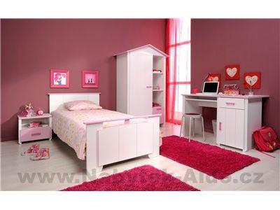Dětský pokoj v růžovém stylu