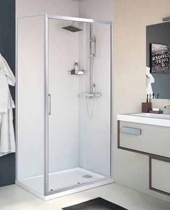 Mampara de ducha Remix, vidrio transparente y perfiles cromados, para plato de ducha rectangular.