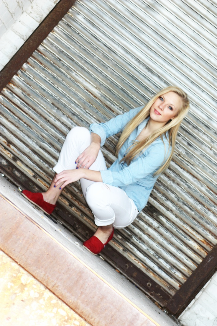 What's Your Perspective? Teen Portrait  Senior Photo Shoot - senior picture ideas for girls